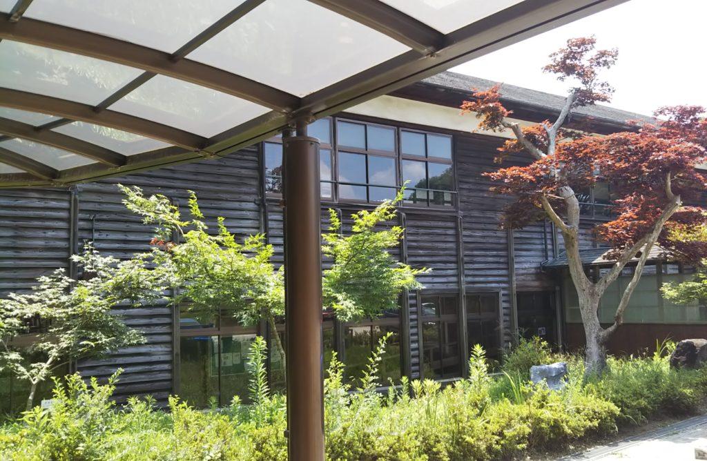 関西の廃校カフェ「奈良カエデの...